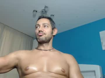 Watch the sexy claussex from Chaturbate online now