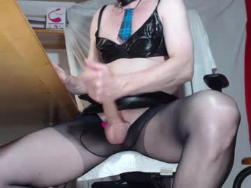 Watch the sexy sexyts6 from Chaturbate online now